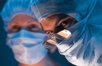 подать в суд на врача