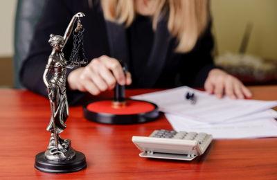 Как написать расписку в получении денег за квартиру, нужна ли она, заверять ли её у нотариуса