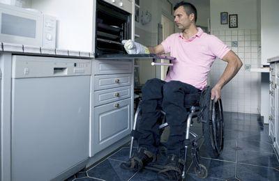 Льготы ЖКХ инвалидам 1,2,3 группы: как оформить, размер