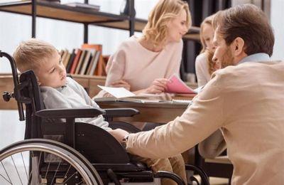 Пособие по уходу за ребенком инвалидом 2020 льготы выплаты пенсия